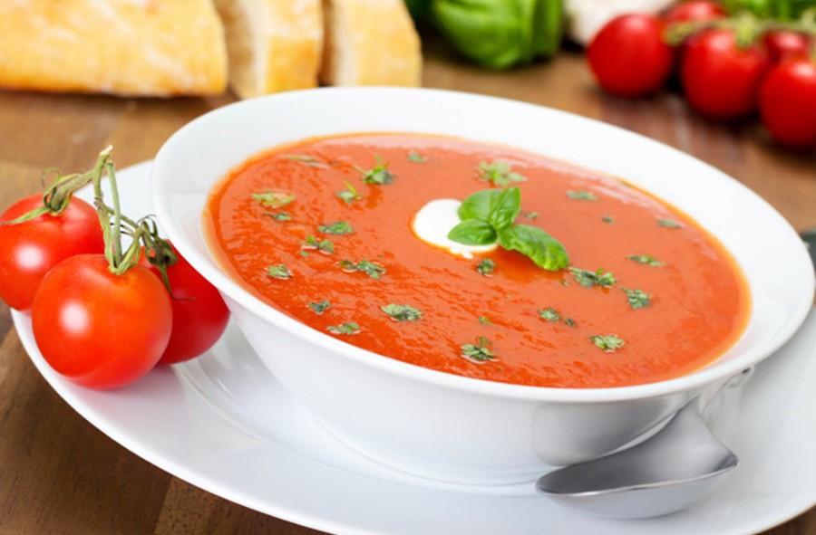 Receta de crema  de tomate y albahaca